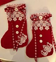 Red Felt Christmas Stocking Decor!